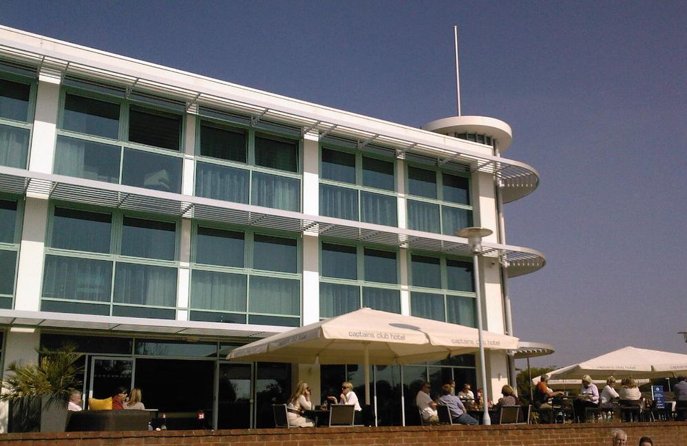Captain's Club Terrace, Christchurch